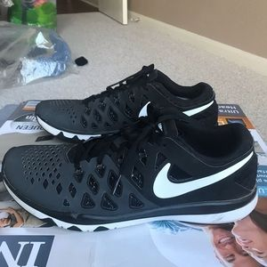 Nike Trainer Running Shoes 10.5 US